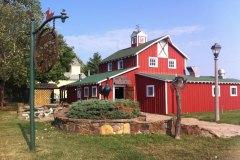 Red-Oak-barn-300dpi